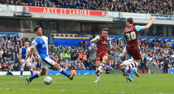 Danny Ings scores the winning goal for Burnley